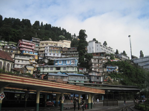 darjeeling-city-from-darjeeling-station